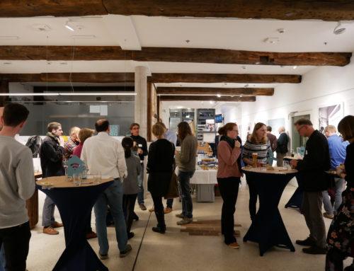 """Angeregter Austausch beim 1. OSCAR – After-Work Meetup """"Wohnen in der Stadt der Zukunft"""""""